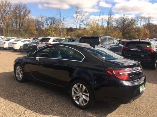 2016 Buick Regal Premium II w/Sunroof
